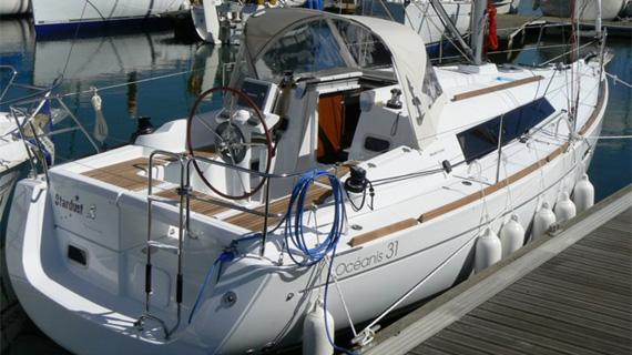 Alquiler velero Ibiza Beneteau Oceanis 31