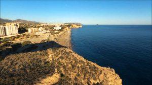 Villajoyosa con tu coche de alquiler en Alicante