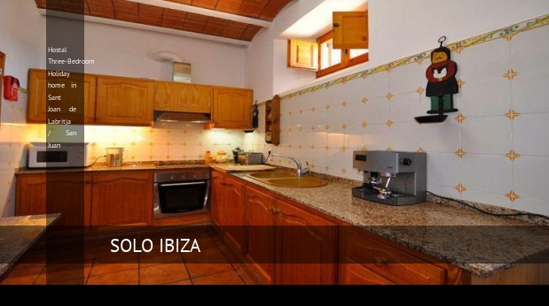 Hostal Three-Bedroom Holiday home in Sant Joan de Labritja / San Juan, opiniones y reserva