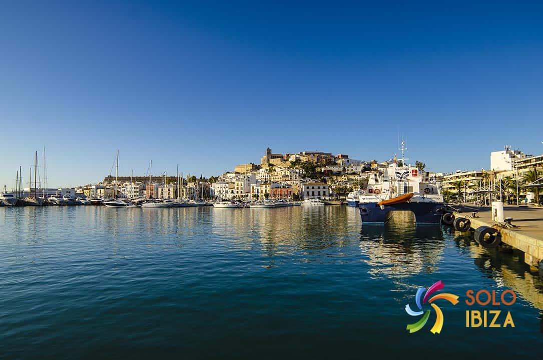 alquiler coches Ibiza ciudad puerto