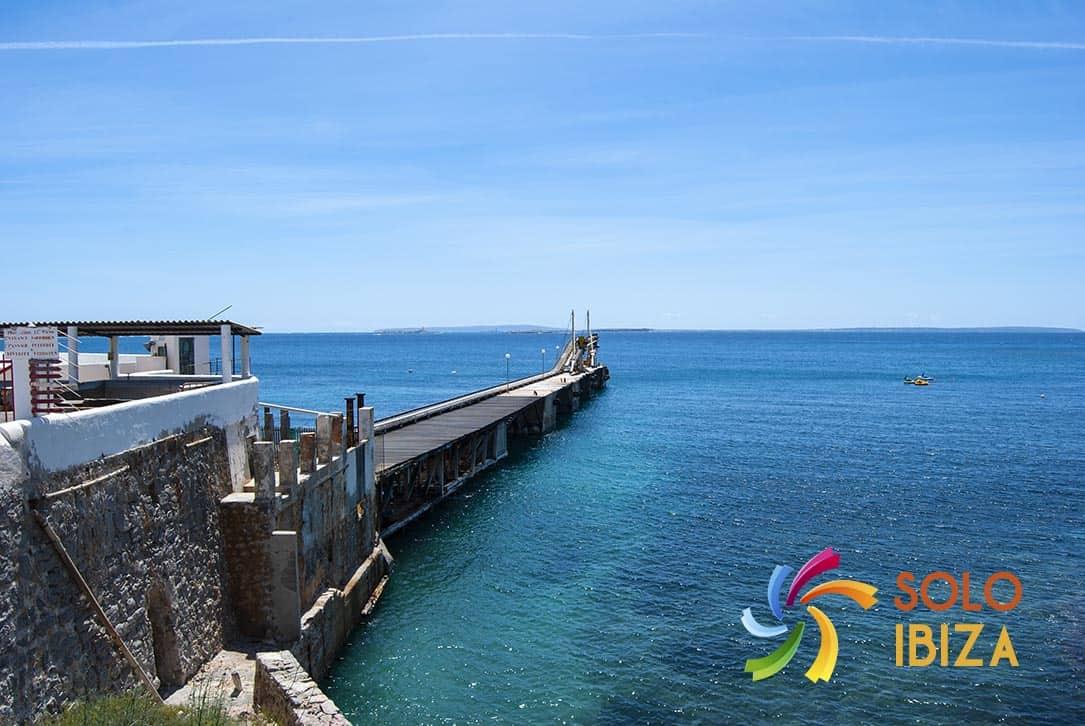 alquiler de coches en Ibiza ciudad puerto